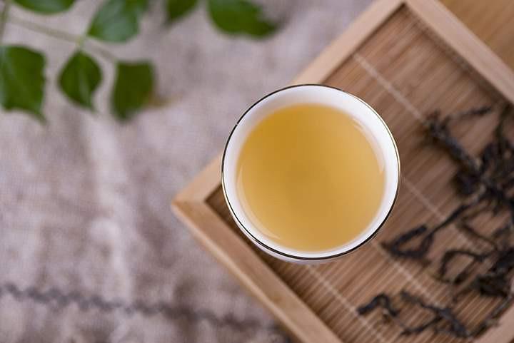 长霉的普洱茶怎么处理?