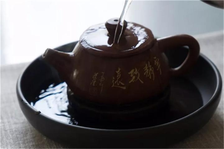 养好紫砂壶很重要,选对茶叶也很重要