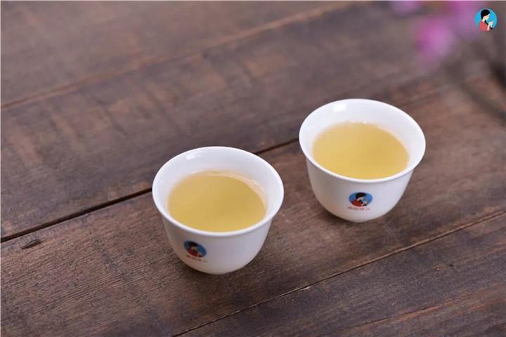 普洱是养生茶,老中医告诉你到底有什么功效
