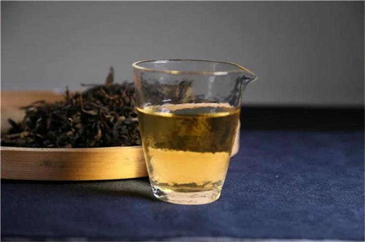 云南古树普洱茶(春茶)好在哪?
