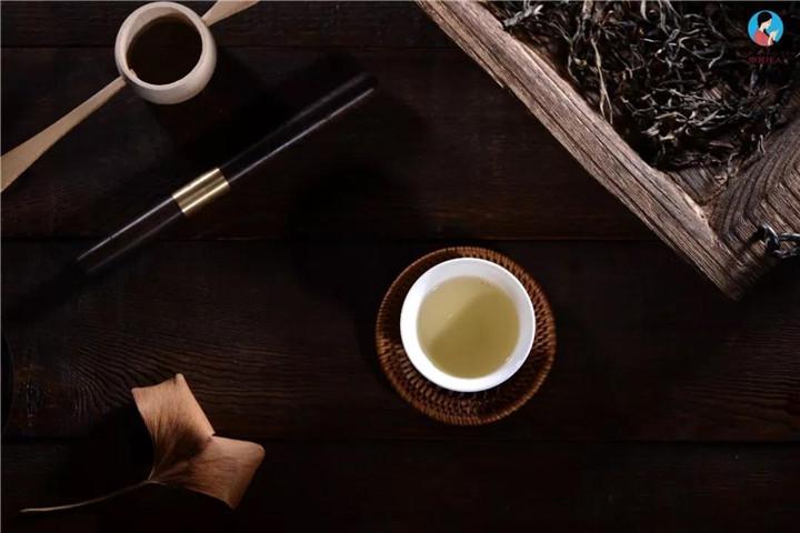 """普洱茶的""""头春""""与""""二春"""""""