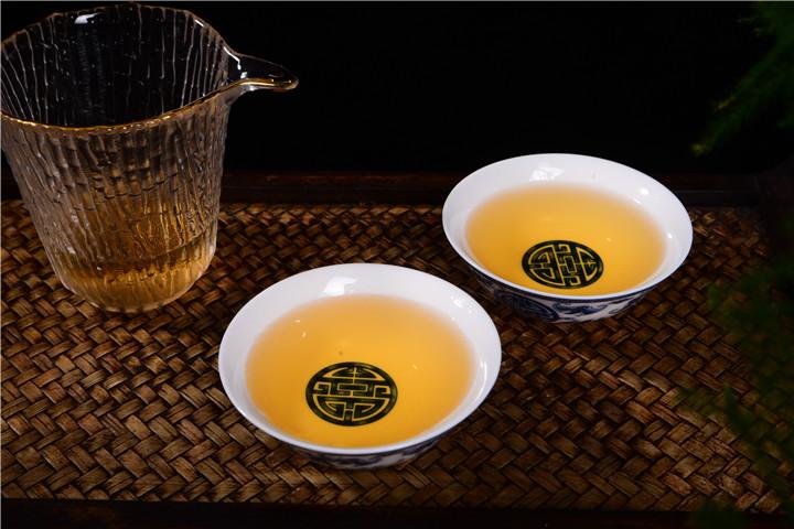 普洱茶回甘和回甜有什么区别?