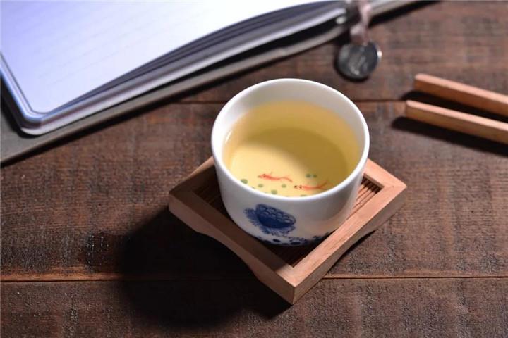 发霉的普洱茶怎么处理?