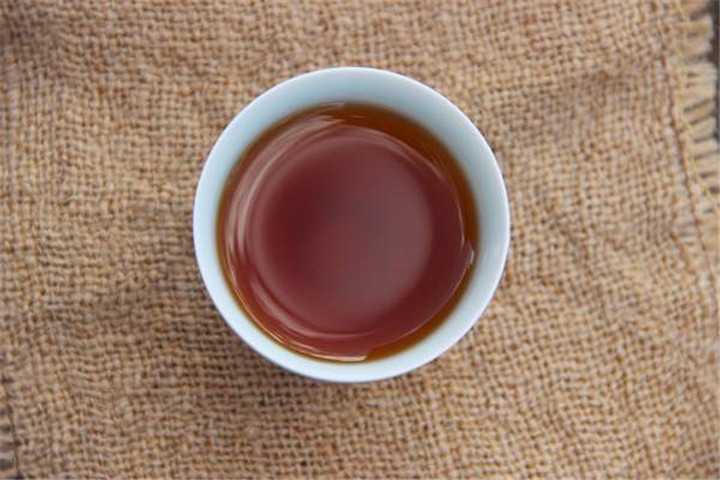 普洱熟茶怎么品?