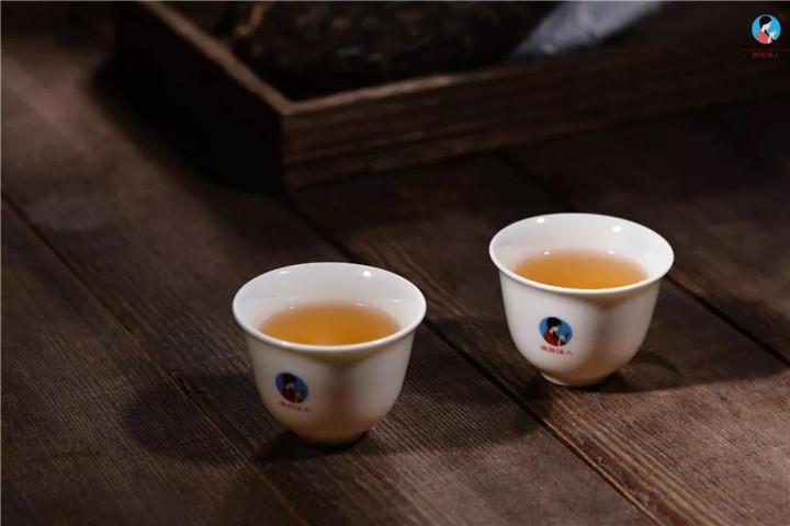 普洱茶为啥要紧压?