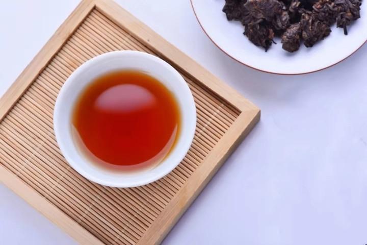 普洱茶汤色浑浊的原因