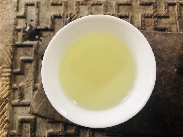 普洱茶为什么会锁喉