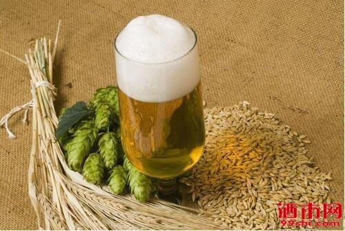 别不信!老酒友也未必能分清生啤和熟啤