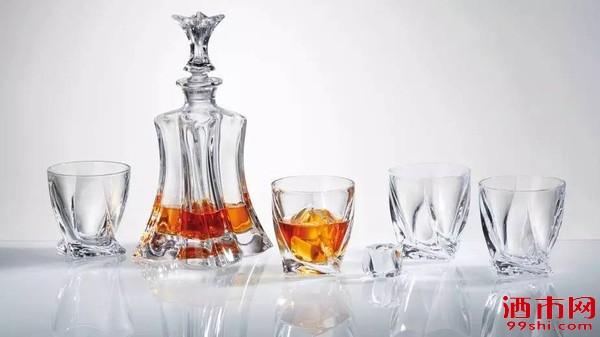 洋酒存放小知识:威士忌开瓶后能放多久?