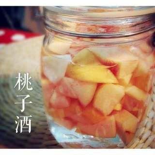 自酿桃子酒的方法很简单,没想象中那么难