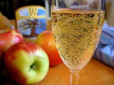 酒龙头:教你苹果酒的制作方法