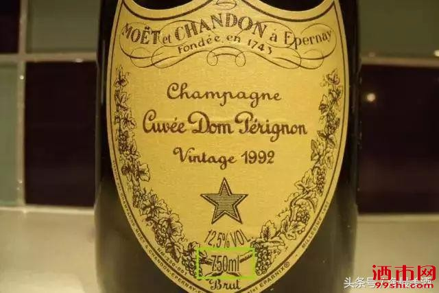 为什么葡萄酒瓶大都是750mL?为什么一箱是12瓶?