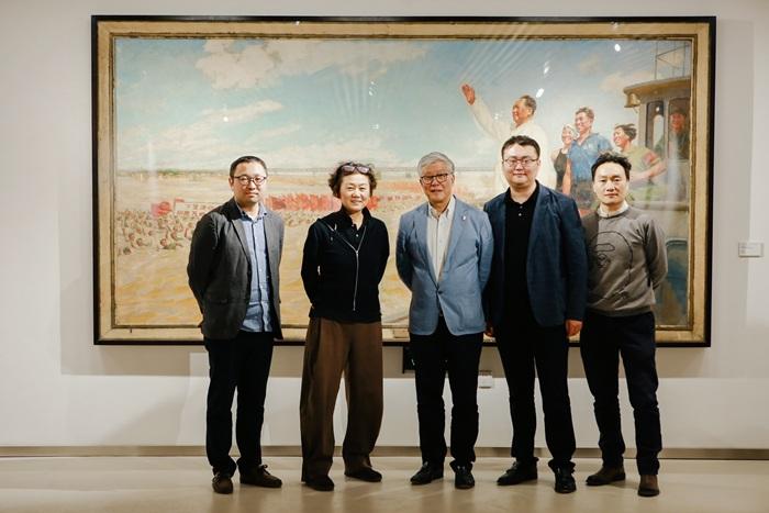 """""""红色主题艺术特展""""在京开幕,八位大师画卷上的百年中国"""